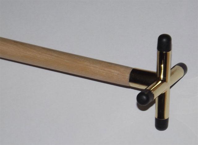 BA0561: Rest compleet, cross brass gemonteerd op stok #1