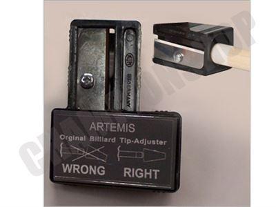 Pomerans corrector Artemis