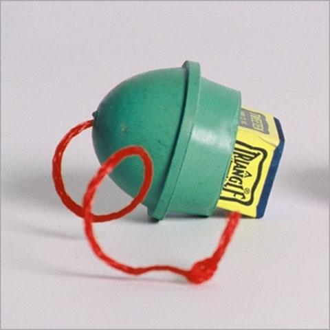 KA0223: rubber aan nylon koord #1